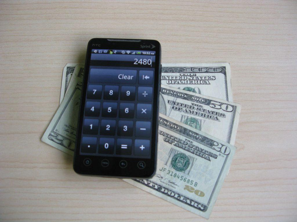 Smartphone_Money
