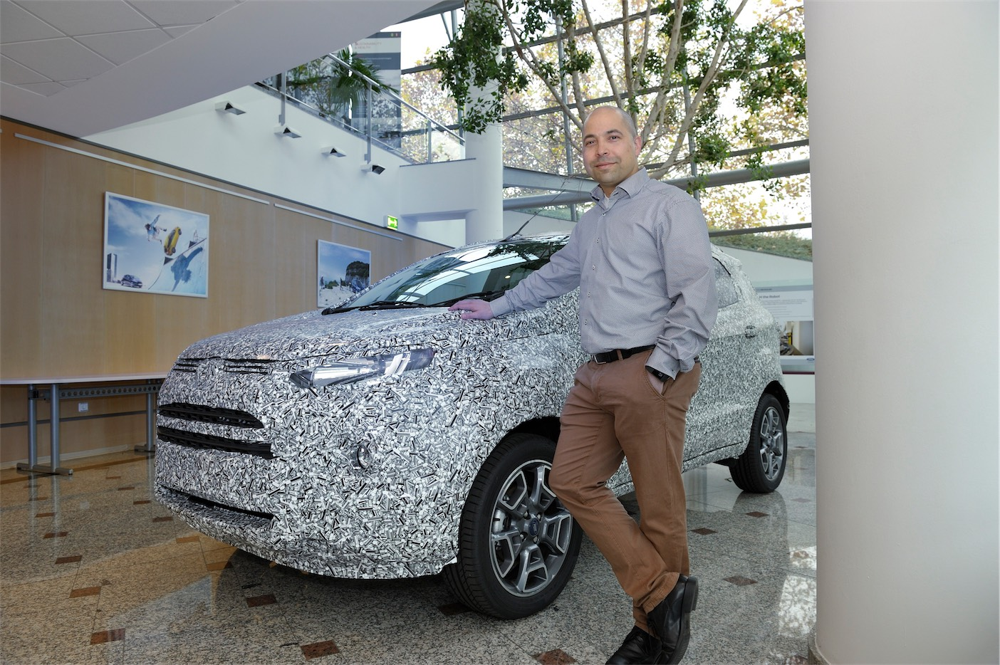 ford-iws2016_event_camouflage_03
